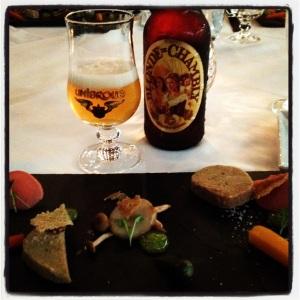 Rillette de lapin mariné au vin et à la #bière et son gel de cornichon avec la Blonde de Chambly